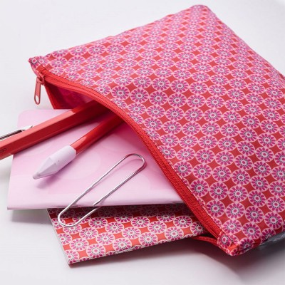 Trousse rose rouge